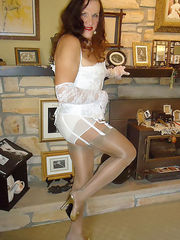 Pics of amateur crossdressers wearing stockings