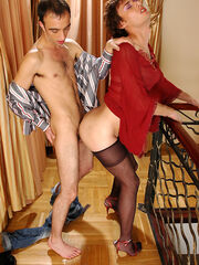 Mature crossdresser bondage free picture galleries